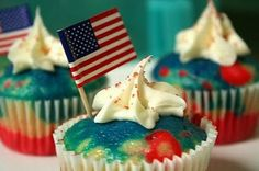Independence Day Cakes & Cupcakes decorating Ideas_30