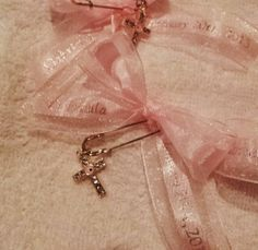 Witness pin with cross and personalized ribbon