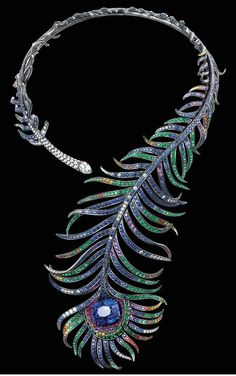 Boucheron - Collier Plume de Paon - Or noirci, Saphirs, Diamants et émeraudes - 2005