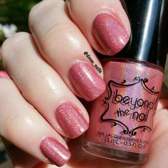 @beyondthenail Pink Lady from the #summercocktailcollection