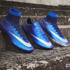 also with blue this week with these stunning Mercurials : Best Soccer Cleats, Nike Soccer Shoes, Nike Football Boots, Nike Cleats, Nike Boots, Soccer Outfits, Soccer Gear, Soccer Boots, Soccer Equipment