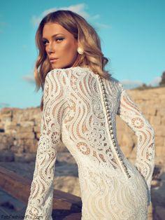 Julie Vino bridal dress
