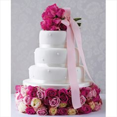 Marks and Spencer: Wedding Cakes on a Budget