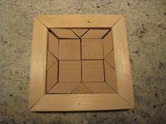 un puzzle en bois