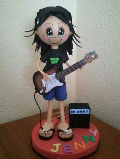 Fofucha con guitarra