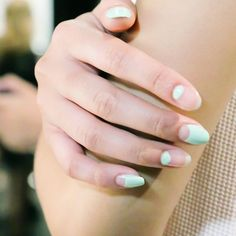 negative space + mint #nails #beauty