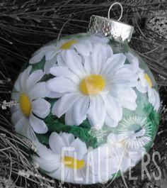 Daisy Ornament. $8.00, via Etsy.