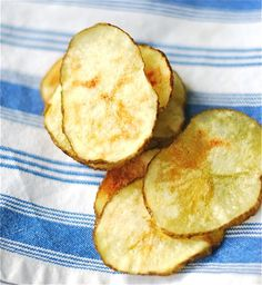 Potato Chips in the Microwave in 8 Minutes!