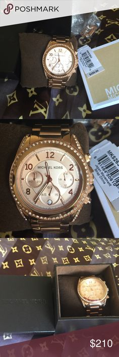 Michael Kors!!! Perfect condition!! Beautiful! Complete! New!!! Michael Kors Other