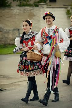 taraz armenian traditional folk clothing traditional clothing pinterest arm nie. Black Bedroom Furniture Sets. Home Design Ideas