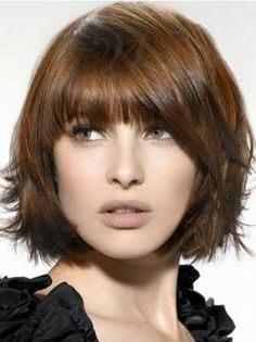 Neu besten Bob Frisur Ideen New Best Bob Hairstyle Ideas Bob is one of the newest trends that has so many fans around the world. We see stylish celebrities in different bob hairstyles, who like … Choppy Bob Hairstyles, Layered Bob Hairstyles, Straight Hairstyles, Bobbed Haircuts, Pixie Haircuts, Short Hair With Layers, Short Hair Cuts, Short Bangs, Full Bangs