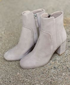 Elephant Weekend Ankle Boot