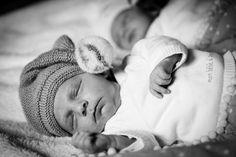 """Dan & Lenny - magnifique jumeaux  #photographie #enfant #naissance #jumeaux """"Merci pour le repin ! """" Face, Twins, Thanks, Black And White, Kid, Faces"""