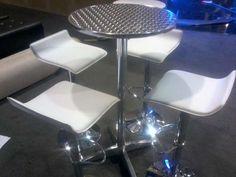 Alquiler de sillas y mesas Evento Total Somos evento total Colombia organización y producción de e .. http://bogota-city.evisos.com.co/alquiler-de-sillas-y-mesas-evento-total-2-id-302564