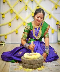 Beautiful maggam work designs on pattu blouses! Read this to know how to get your first blouse stitched perfectly with maggam work! Marriage Decoration, Wedding Stage Decorations, Flower Decorations, South Indian Bride, Indian Bridal, Kerala Bride, Indian Groom, Bridal Mehndi, Mehendi