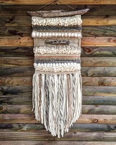 Made in Chile with natural wool and driftwood from Lago Puyehue. It takes me three weeks to do it and three more weeks to arrive. Weaving Textiles, Weaving Art, Tapestry Weaving, Loom Weaving, Wall Tapestry, Hand Weaving, Weaving Wall Hanging, Wall Hangings, Weaving Projects