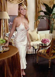 The Real Reason Giuliana Rancic Ended Her Reality Show Mariah Carey 90s, Mariah Carey Photos, Kylie Jenner Photoshoot, Queen Mimi, Rochelle Humes, Giuliana Rancic, Satin Dresses, Green Dress, Big Hair