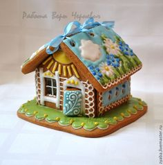 Summer house; flowers, sunshine - from Russia I am so loving summer gingerbread houses