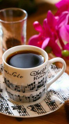 Coffee Girl, I Love Coffee, Hot Coffee, Iced Coffee, Coffee Drinks, Coffee Music, Black Coffee, Good Morning Coffee, Coffee Break