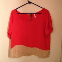 Salmon and tan crop top XXL, with a black and gold zipper on the back. Xhilaration Tops Crop Tops