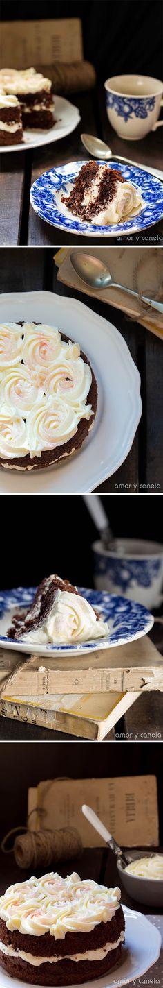 Tarta de chocolate con crema de mascarpone / http://www.amorycanela.com/