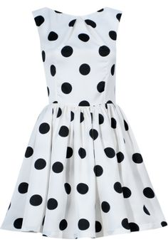 Lara dress do you like dots? It s only made especially for you dots lover Happy End, Casual Dresses For Women, Clothes For Women, Awards, Girly, Summer Dresses, Black And White, My Style, How To Wear