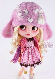 fashionfordolls-Felted Hat for Blythe Dolls OOAK Item No. B6-005
