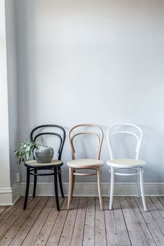 No 14 stol, natur/rotting – Ton – Kjøp møbler online på Furniture Makeover, Home Furniture, Furniture Design, Bentwood Chairs, Dining Chairs, Bistro Chairs, Kitchen Chairs, Ton Chair, Home And Deco