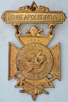 MINNEAPOLIS ZION COMMANDERY NO. 2 SKULL & BONES MEDAL-KNIGHTS TEMPLAR FREEMASON