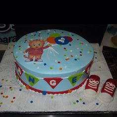 The #cake is usually the last item served.  Therefore, your cake will be one of the last memories your guess will take with them. 201-553-2424                6002 Fillmore Pl  -  West New York,  NJ.  https://www.facebook.com/pages/Cakes-by-Mia/169874973065260?ref=hl&sk=photos_albums #CAKESBYMIA #BIZCOCHO #DOMINICANCAKE #cupcake  #wedding #weddingcake #birthday  #event   #celebration #BabyShower #Confirmation #Baptism #Boyscake #GirlsCake #NewJerseyCake #Graduation #Shower…
