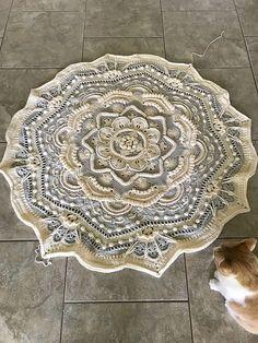 Ravelry: Project Gallery for Mandala Madness pattern by Helen Shrimpton Crochet Doily Rug, Crochet Bedspread Pattern, Crochet Carpet, Crochet Mandala Pattern, Crochet Wool, Crochet Round, Crochet Squares, Crochet Crafts, Crochet Blankets