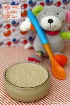 Semoule au lait infantile (sans gluten) dès 4mois. Une bonne façon de faire manger du lait aux bébés qui boudent leur biberon... #recettebébé #diversification