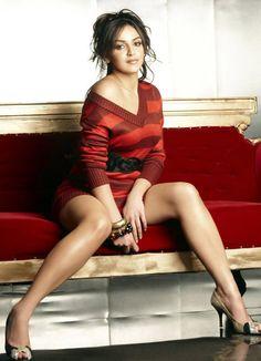 bollywood-s-sexiest-legs_13625538246.jpg (680×940)