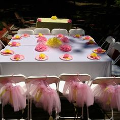Outdoor tutu party and paper pompoms