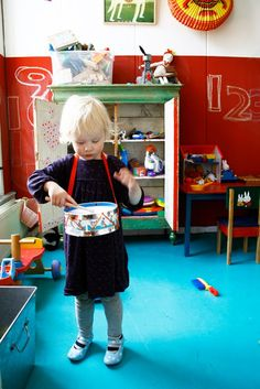 Playroom-loving the red chalkboard