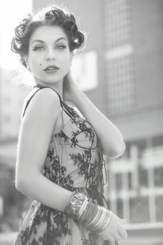 Awesome vintage shoot done with Xavier Saer.  Marilyn look.  Hair, styling and Makeup done by Jenny @ Dagena.  Fourways, Johannesburg, SA