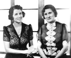 Rose Fitzgerald Kennedy with her mother, Josephine Fitzgerald. Les Kennedy, Robert Kennedy, John Fitzgerald, Grey Gardens, Jfk, Historical Photos, Marie, Rose, Stock Ticker