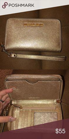 2dabbea51093 Michael Kors wallet Gold MK wallet Michael Kors Bags Wallets Michael Kors  Designer, Michael Kors