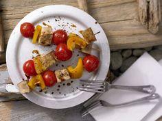 Schnell vorzubereitender vegetarischer Grillgenuss mit ganz viel Eiweiß und blutbildendem Eisen, das bei fleischloser Kost häufig zu kurz kommt.