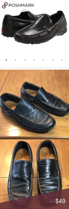 Cole Haan Tucker Venetian leather slip on shoes Casual Black waxy leather Venetian slip on shoes. Fully leather lined. Sport inspired design with flexible construction. Fully padded sock liner. Cole Haan rubber outsole for durability and comfort. Cole Haan Shoes Loafers & Slip-Ons