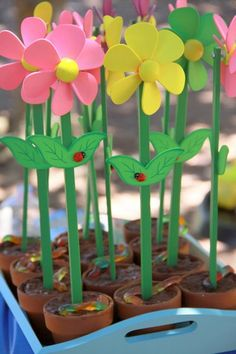 """Low-sugar """"dirt"""" cups for a 3-year-old's birthday party"""