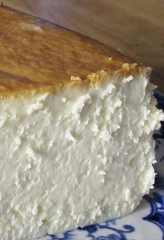 The Best New York Cheesecake Recipe ~ It is creamy smooth, lightly sweet, with a touch of lemon.