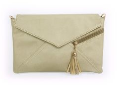 Clutch Bag with Tassel Gold  http://www.megapui.com/index.php?id_product=341&controller=product&id_lang=1#/color-gold
