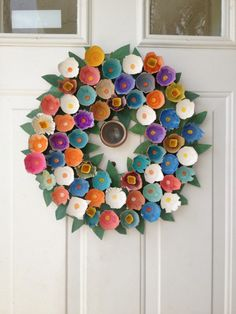 awesome egg carton crafts, including this adorable flower wreath