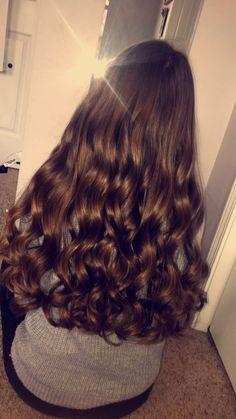 I wish my hair was this gorgeous Beautiful Long Hair, Gorgeous Hair, Curled Hairstyles, Pretty Hairstyles, Wavy Hair, Dyed Hair, Grunge Hair, Brunette Hair, Hair Looks