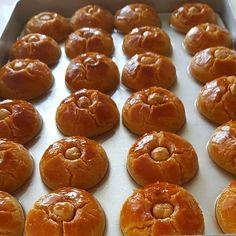 Image may contain: food Pretzel Bites, Doughnut, Tart, Bread, Meals, Desserts, Image, Asian Recipes, Bonbon