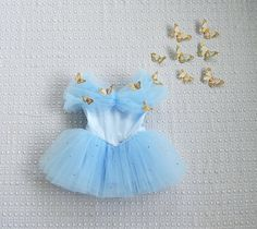 Cinderella Dress with Swarovski Crystals and by aggieandfrancois Anna Tutu Dress, Princess Tutu Dresses, Flower Girl Dresses, Baby Birthday Dress, Birthday Dresses, Baby Girl Halloween, Halloween Costumes For Girls, Cindrella Dress, Baby Boy Outfits
