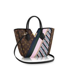 Hello,    I would like to share the following Louis Vuitton item with you: Kimono PM.  Link: http://eu.louisvuitton.com/eng-e1/products/kimono-pm-monogram-014565    Regards,