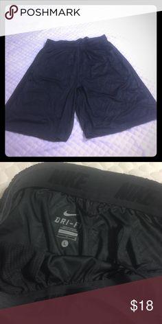 Men's Nike athletic shorts - DriFit Gray/Black striped athletic shorts - Men's, size L - EUC Nike Shorts Athletic