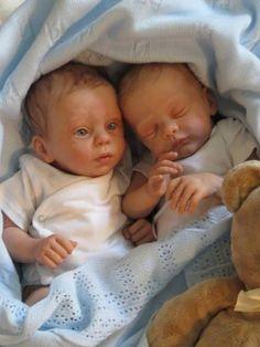 Myloh by Laura Tuzio Ross Reborn Baby Dolls Twins, Diy Reborn Dolls, Bb Reborn, Newborn Baby Dolls, Reborn Baby Girl, Ooak Dolls, Real Looking Baby Dolls, Real Life Baby Dolls, Baby Born
